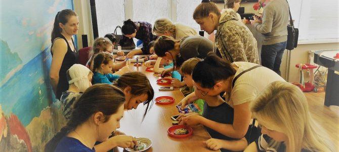 Занятие с детьми в детской больнице св. Владимира