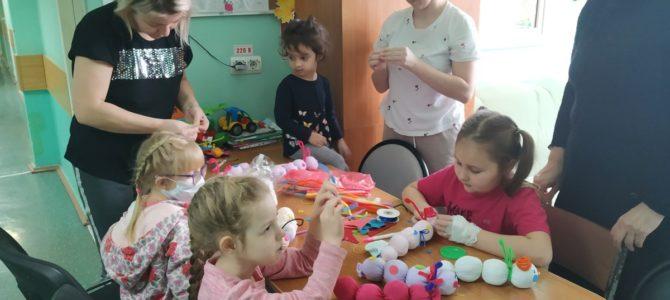 Волонтеры в детской больнице св. Владимира