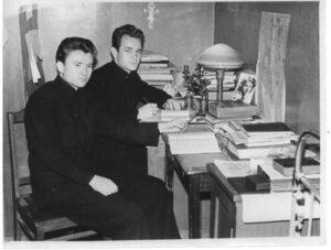 Студенты Дамиан Круглик и Геннадий Тимофеев