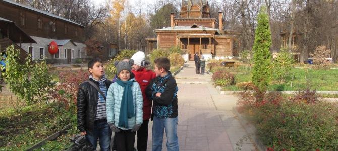 Подростковый клуб посетил храм Тихона Задонского в Сокольническом парке